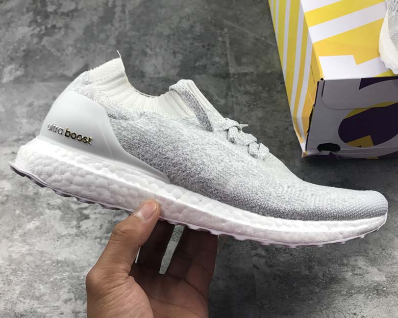 bas prix 3623d 4981a adidas ultra boost uncaged soldes
